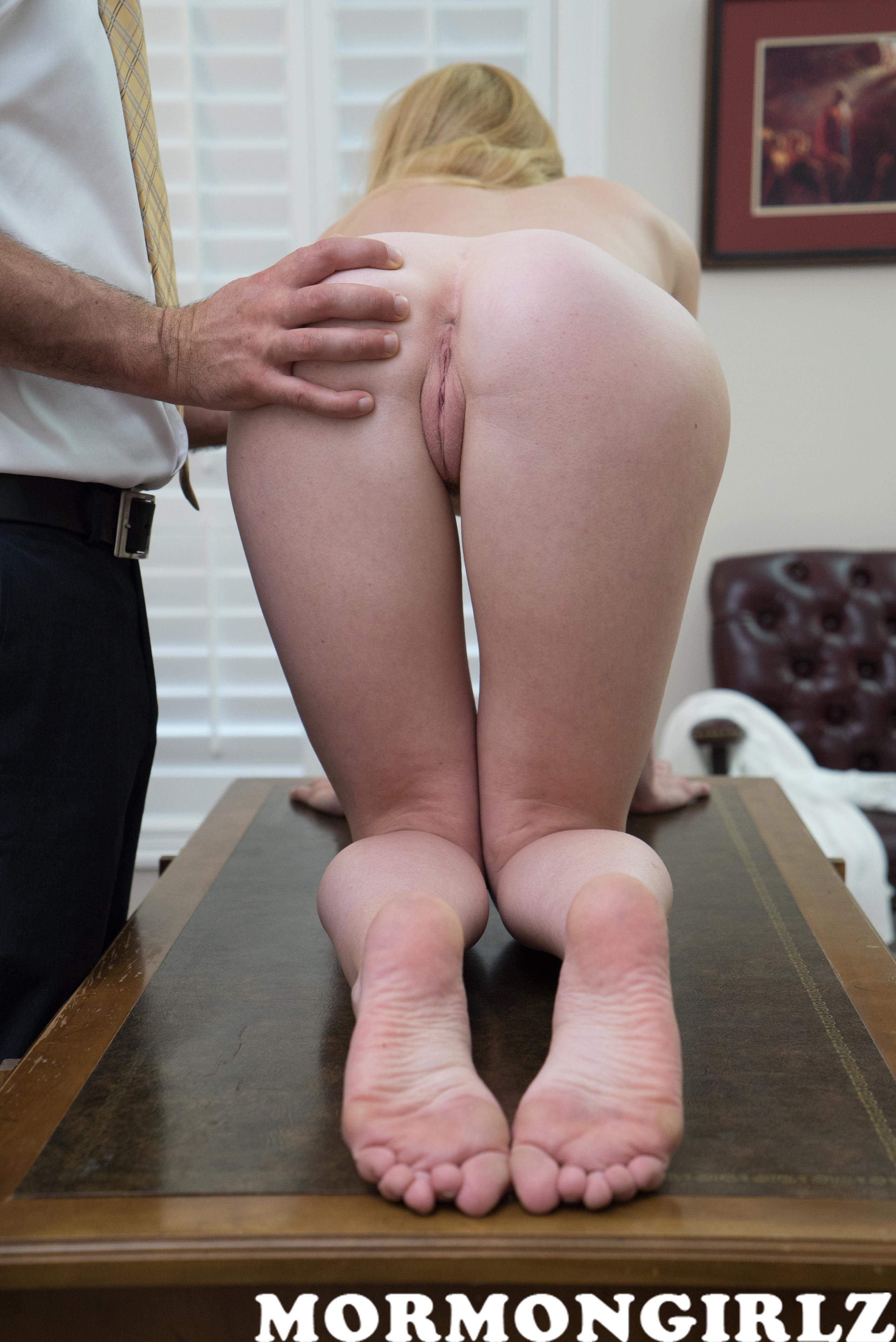 mormongirlz_70a_03