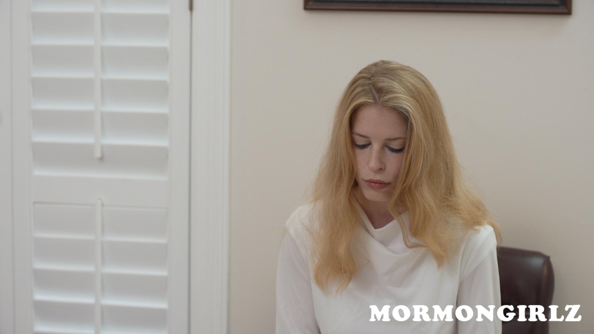 mormongirlz_70b_02