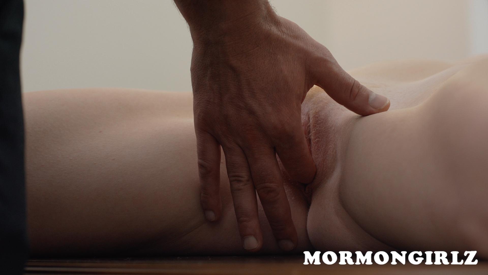 mormongirlz_70b_11