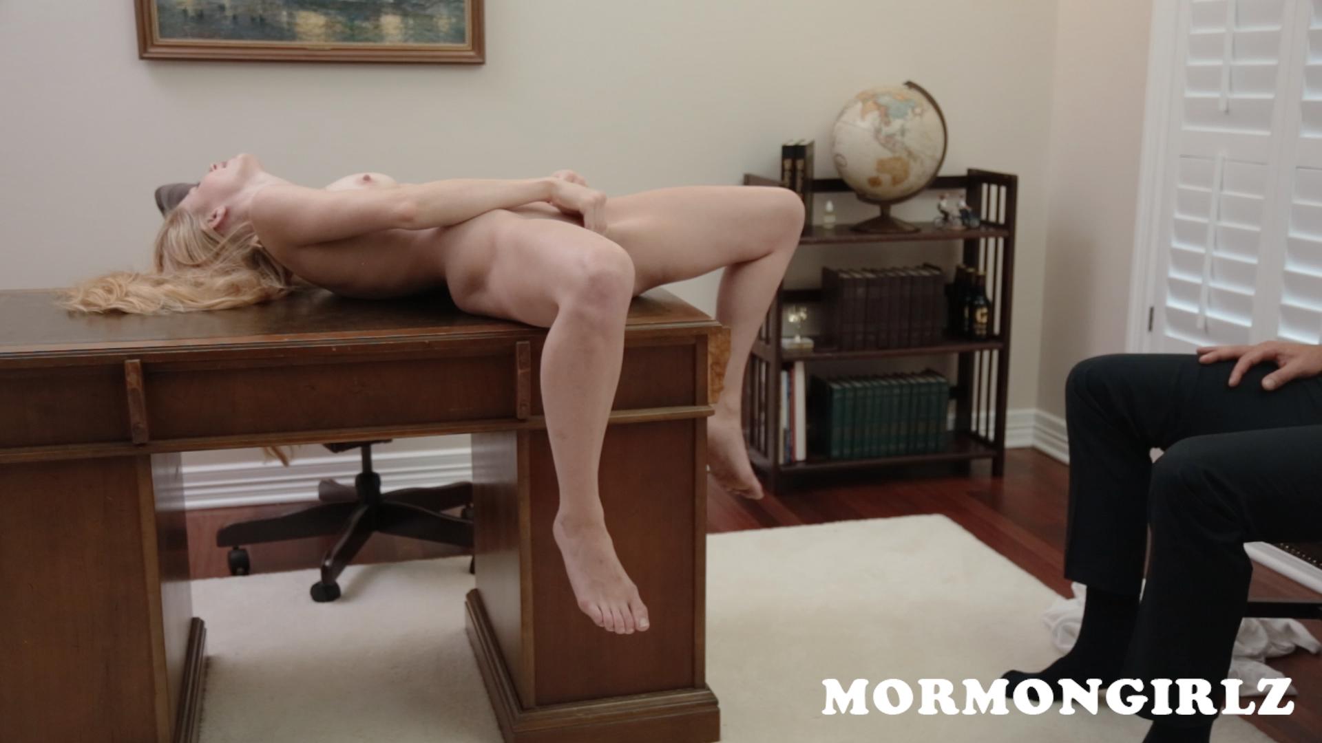 mormongirlz_70b_19