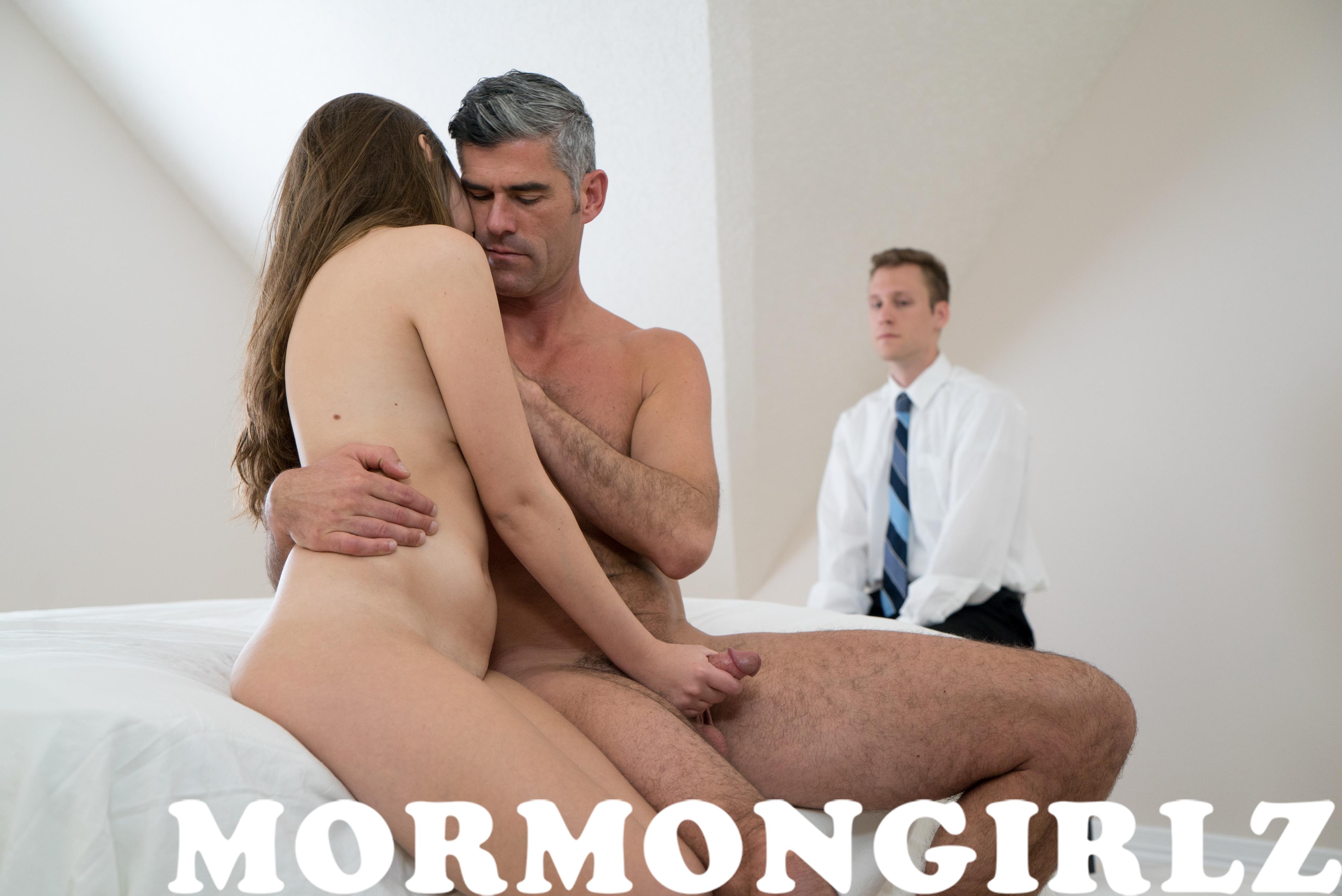 076_mormongirlz_0007