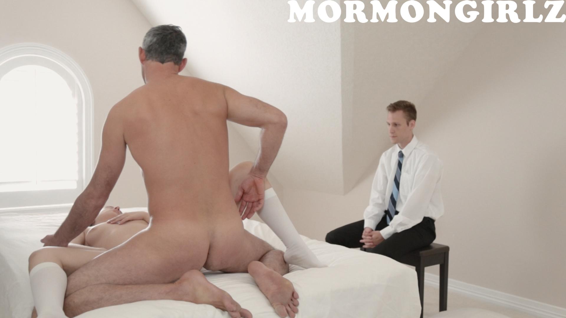 076_mormongirlz_0034